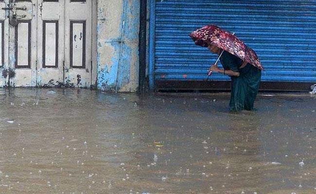 Heavy Rains Lash Coastal Maharashtra