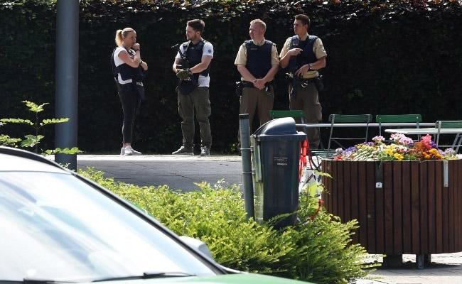 जर्मनी: म्युनिख के पास रेलवे स्टेशन पर फायरिंग, एक महिला पुलिस अधिकारी समेत कई घायल