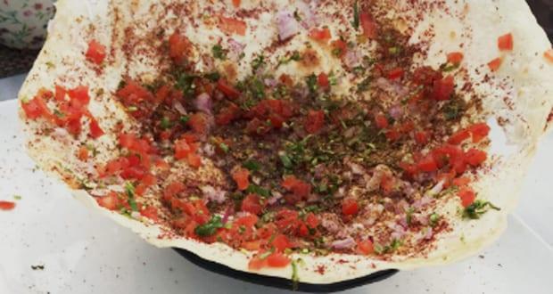 naan roti onions tomatoes