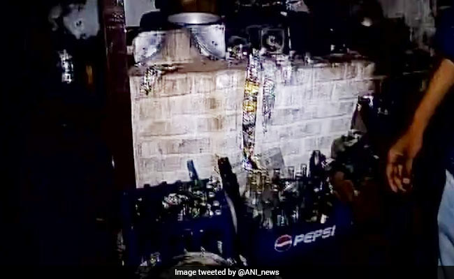 Five killed, 4 injured in gas cylinder burst in Okhla, Delhi