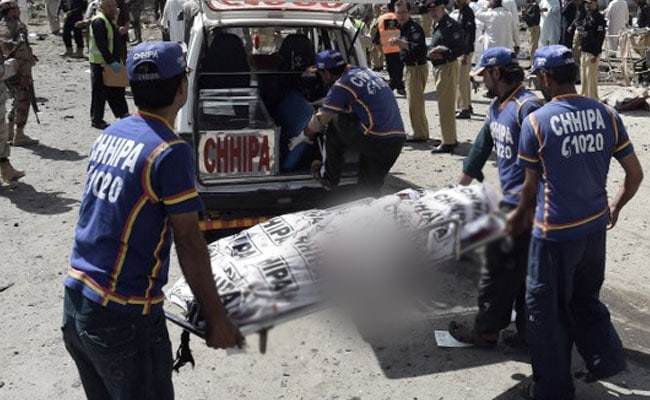 Bombings at market in Pakistan kill 15
