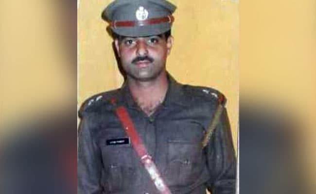 20 Arrested In Police Officer Ayub Pandith's Killing By A Mob In Srinagar
