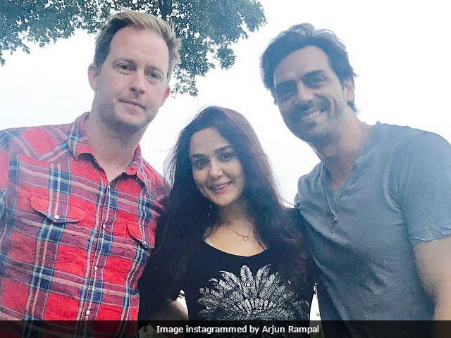 Preity Zinta, Arjun Rampal's Dil Hai Tumhaara Reunion. Plus Gene Goodenough