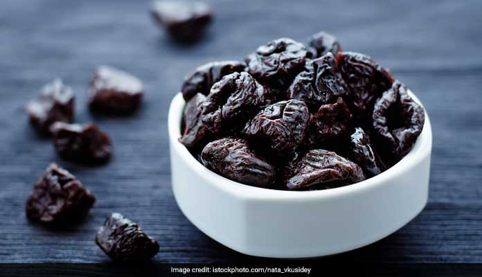 prunes help curing constipation