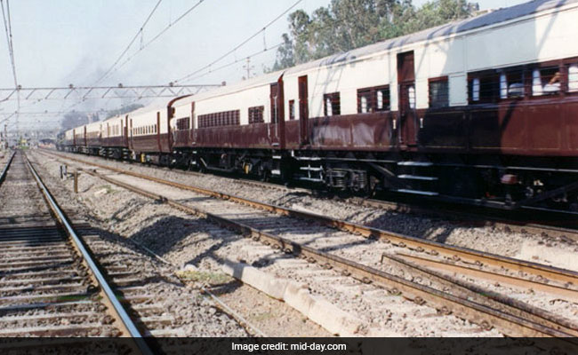 India's Oldest Train Is 105 Years Today, A Complaint Helps Trace Its Age!