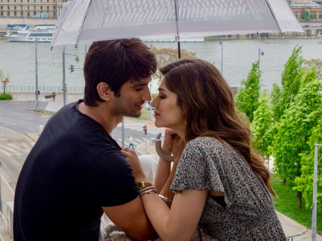 Kriti Sanon And Sushant Singh Rajput Reveal A Little Secret About Each Other