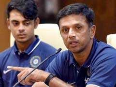 राहुल द्रविड़ ने पूछा - क्या 2019 विश्वकप में धोनी, युवराज के लिए टीम में कोई स्थान है?