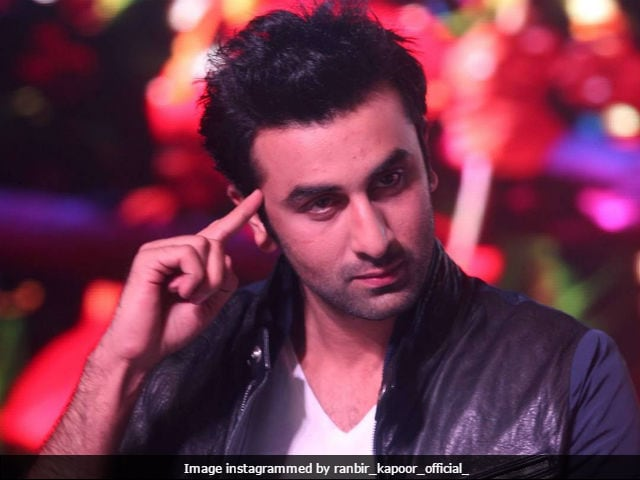 Ranbir Kapoor, Before You Rush To Shah Rukh Khan's House, Check Twitter