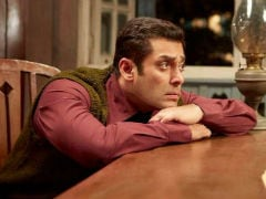 Salman Khan's <I>Tubelight</i> Welcomed With Cake And <i>Dhol</i>. But Twitter's Confused