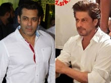 Salman Khan And Shah Rukh Khan Attend Baba Siddique's <i>Iftaar</i> Party. Surprise Guest - <i>Tubelight</i>'s Matin Rey Tangu