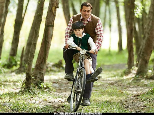 10 Tubelight Pics Of Salman Khan And His Adorable Pint-Sized Co-Star