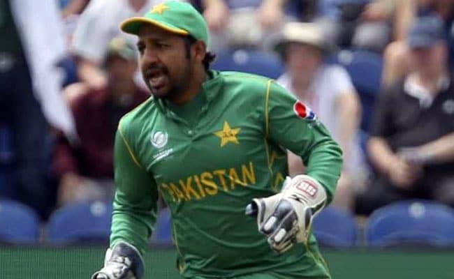 चैंपियंस ट्रॉफी: पाकिस्तान के कप्तान सरफराज अहमद ने इन्हें दिया इंग्लैंड के खिलाफ मिली जीत का श्रेय...