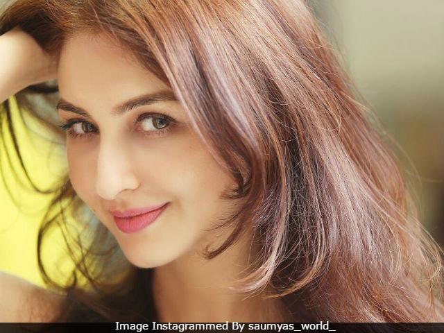 Bhabi Ji Ghar Par Hai Actress Saumya Tandon Robbed In Istanbul