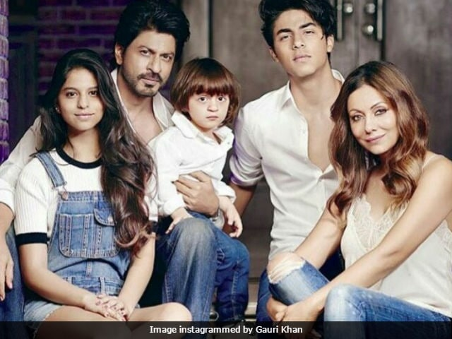 Shah Rukh Khan And AbRam Took Gauri's Fashion Advice. See Pics