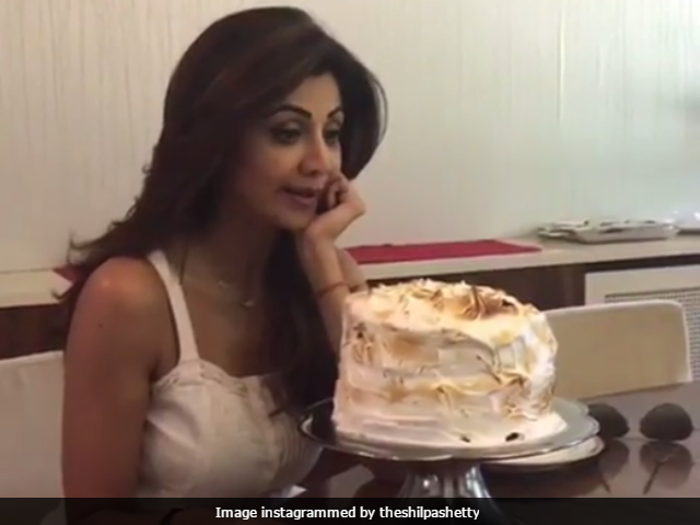 India Vs Pakistan: 'Congrats Pak,' Tweet Celebs. There's Always Cake As Consolation