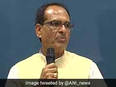 Shivraj Singh Chouhan Dons Teacher's Role, Teaches Mathematics