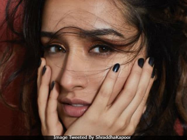 Nothing To See Here. Just Shraddha Kapoor Looking Stunning In New Twitter Profile Pic