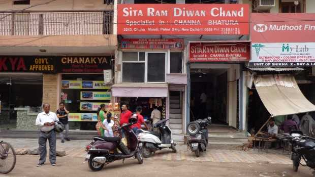 Sita Ram Diwan Chand: Why Delhi's Heart is Set on this Chole-Bhature Wala Since 50 Years