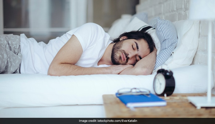 5 Easy Tricks To Fall Asleep In No Time