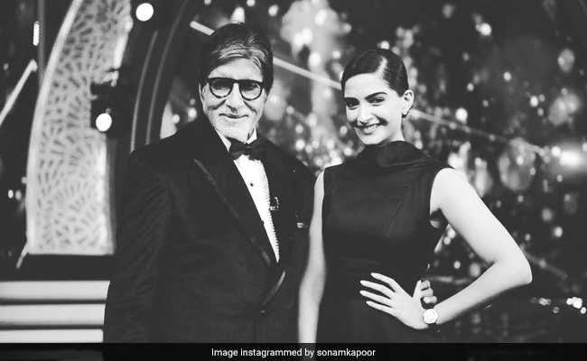 'You Never Replied': Amitabh Bachchan Ribs Sonam Kapoor For Ignoring SMS