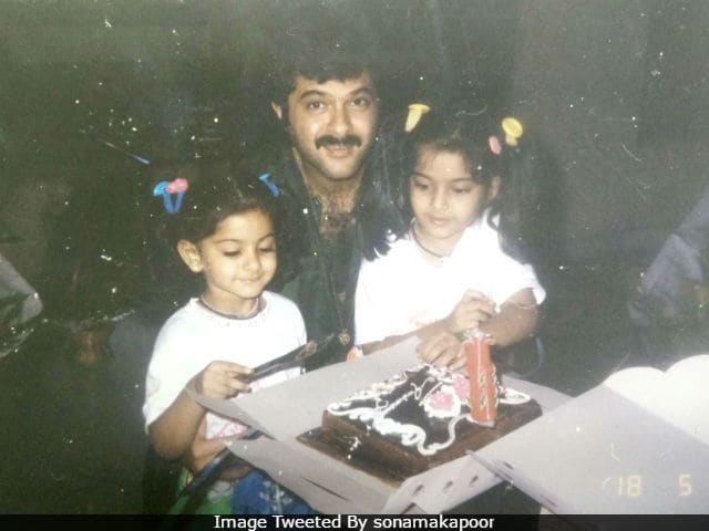 Sonam Kapoor Delights With Throwback Pic Of Dad Anil Kapoor And Sister Rhea