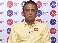 Sunil Gavaskar Hits Back at Ramachandra Guha