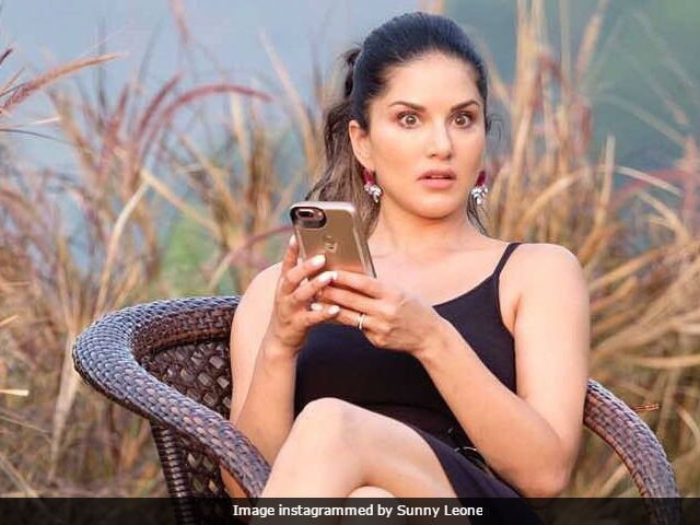 Sunny Leone Can't Caption This Pic Of Herself. Can You Help Her?