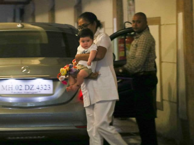 Taimur's Day Out Minus Mom Kareena Kapoor Khan. See Pics