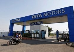 Tata Motors' Sanand Plant Reaches 100 Per Cent Capacity With Tiago And Tigor