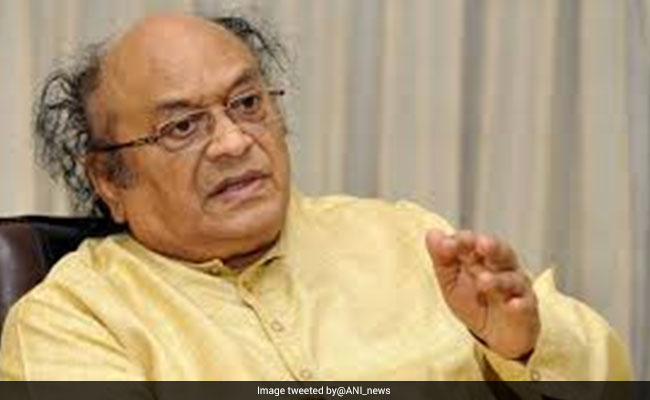 Naidu condoles death of C Narayana Reddy
