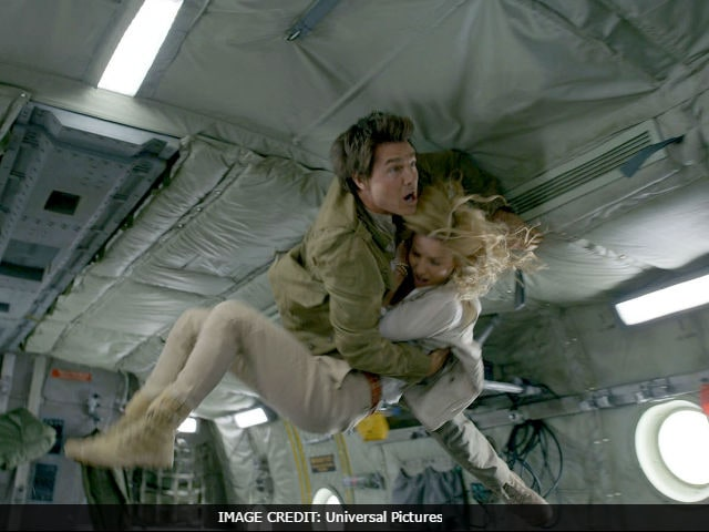 The Mummy Movie Review: Tom Cruise's Film Is Thrilling Sometimes But Mostly Cumbersome