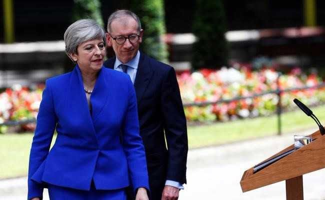 UK PM Theresa May To Form Government With Support From Northern Irish Allies