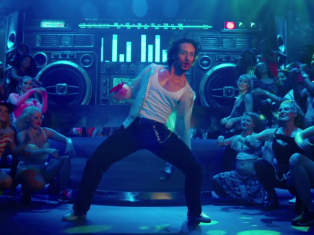 Munna Michael Song Main Hoon: Tiger Shroff Impresses With His Dance Moves