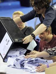 United Kingdom General elections 2019 : बोरिस जॉनसन को मिलती दिख रही बढ़त लेकिन त्रिशंकु संसद की भी संभावना