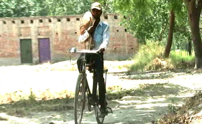 No Ambulance, UP Man Carried Dead Baby On Cycle, Stretcher Used In Odisha