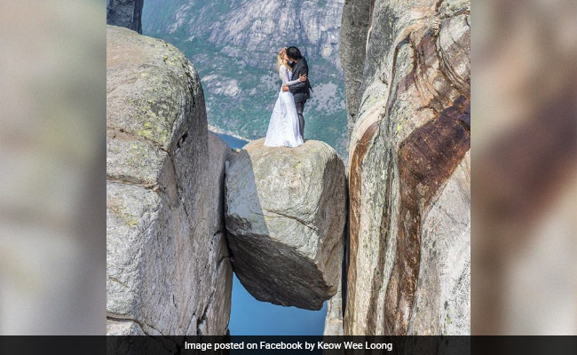 Newlyweds Travel The World For One-Of-A-Kind Wedding Photos