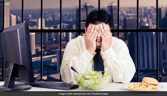 Work Habits That Make Us Gain Weight