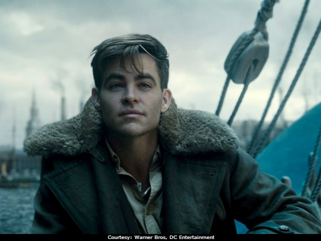 Wonder Woman's Chris Pine Shows There Are Other Ways To Save The Day (And Break Our Hearts)