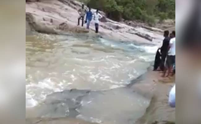 2 Telangana Men Drown In Kuntala Waterfall. They Were Clicking Selfies