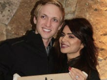 Aashka Goradia To Marry Fiance Brent Goble This Year. Actress Reveals Date On Instagram
