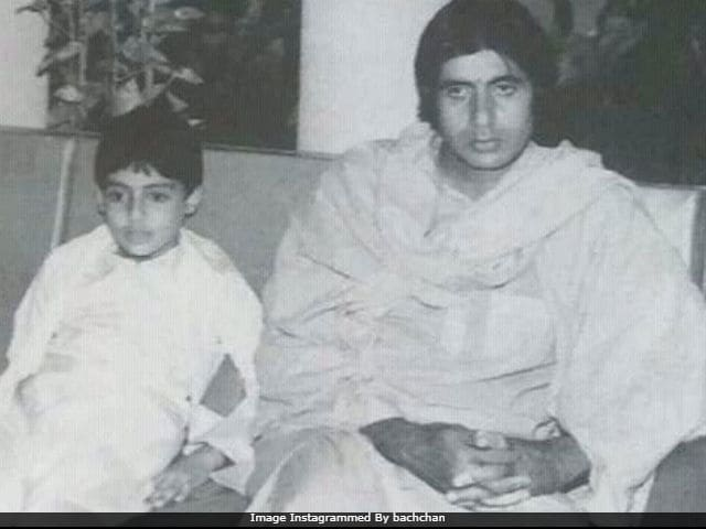 Amitabh Bachchan And Little Abhishek. Because It's Flashback Friday