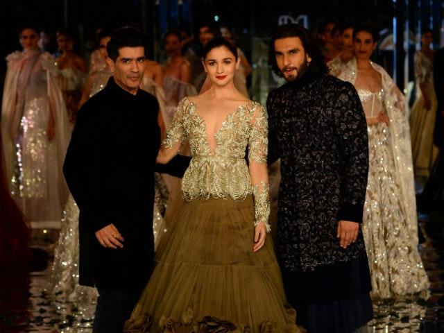 Alia Bhatt And Ranveer Singh Close Manish Malhotra's Show. See Pics