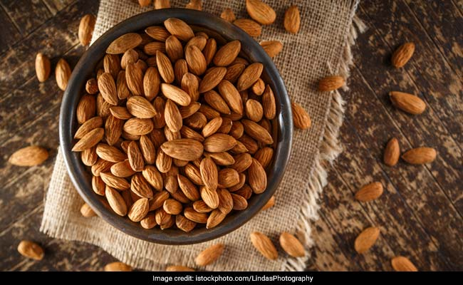 Adding Almonds to Your Daily Diet May Lower Bad Cholesterol