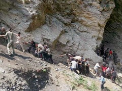 16 Amarnath Pilgrims Killed As Bus Falls Into Gorge In Jammu And Kashmir