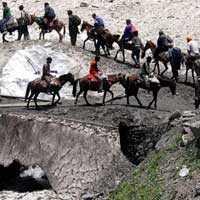 अमरनाथ यात्रा: 1,141 तीर्थयात्रियों का जत्था रवाना