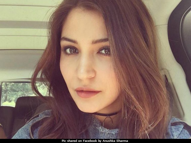 Anushka Sharma Says Male Actors More Valued Forget Nepotism, Lets Talk Equality-4791