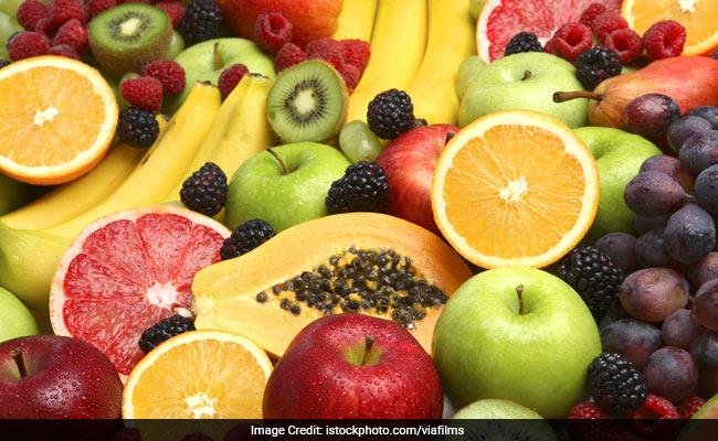 apple fruits oranges