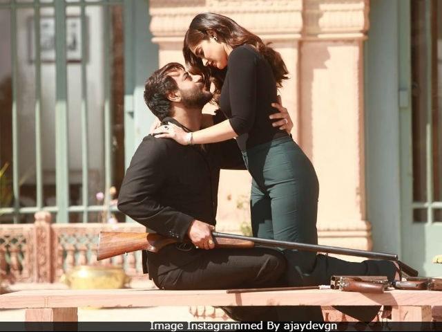 Baadshaho Song Mere Rashke Qamar Is About Ajay Devgn And Ileana D'Cruz's Love Story