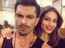 IIFA Awards 2017: Bipasha Basu, Karan Singh Grover Leave For New York. Post Pic On Instagram