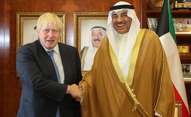 UK Foreign Minister Boris Johnson Urges Arab States To End Qatar Boycott